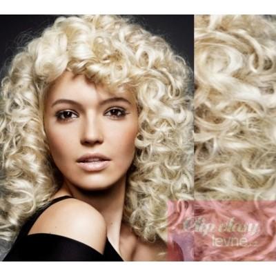 https://www.clip-vlasy-levne.cz/273-399-thickbox/clip-in-kudrnate-vlasy-100-lidske-remy-53cm-platina.jpg