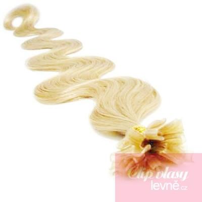 Vlnité vlasy k prodlužování keratinem 50cm - nejsvětlejší blond