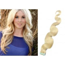 Vlnité vlasy pro metodu TapeX / Tape Hair / Tape IN 50cm - platina